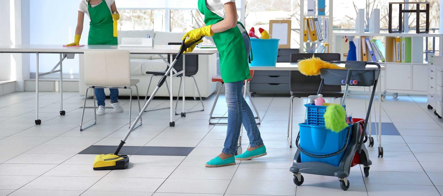 безопасное дезинфицирующее средство для обработки поверхностей всех типов в офисах